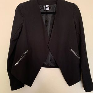 H&M stylish blazer 💕